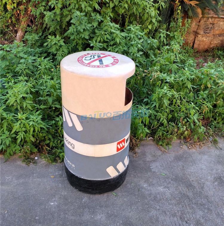 小区户外垃圾桶侧面图