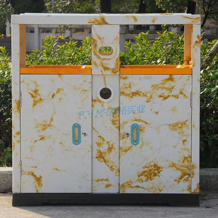 旅游景区垃圾桶展示图