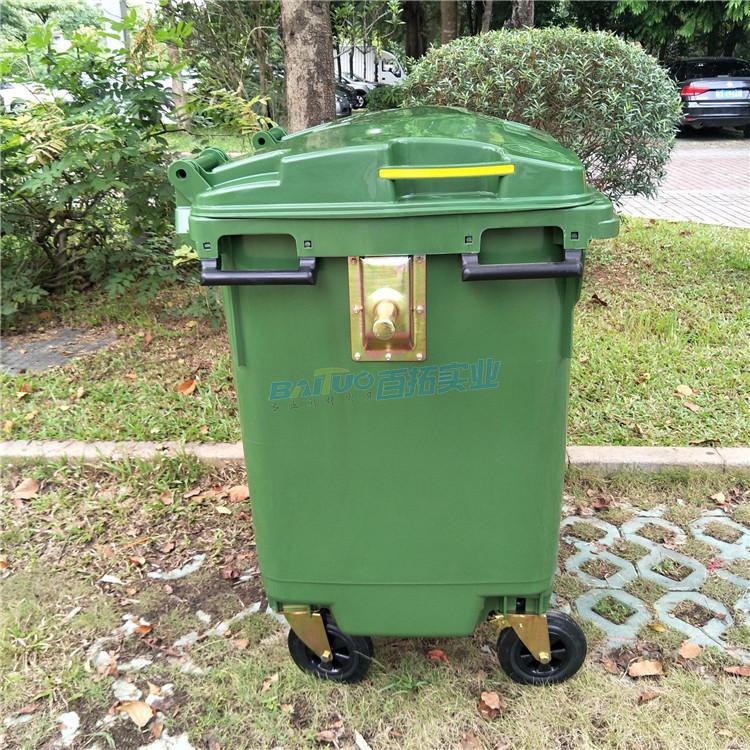 室外公共垃圾桶侧面展示图