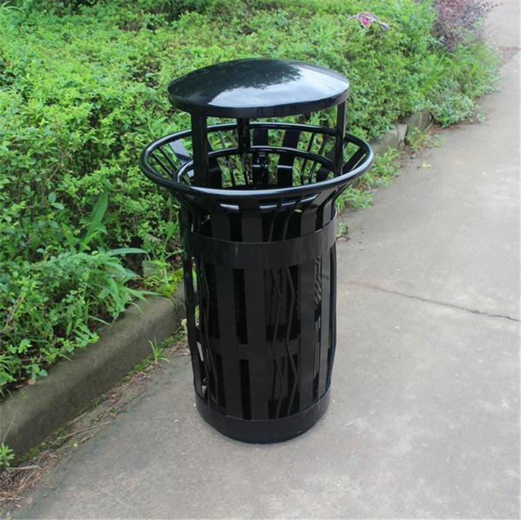 公园铁垃圾桶