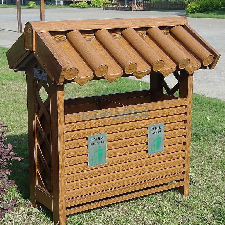 木质室外垃圾桶展示图