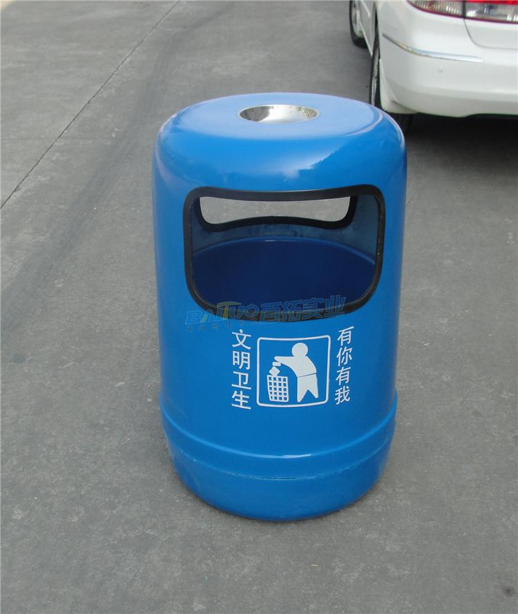 上海街道垃圾桶可挑选不同颜色