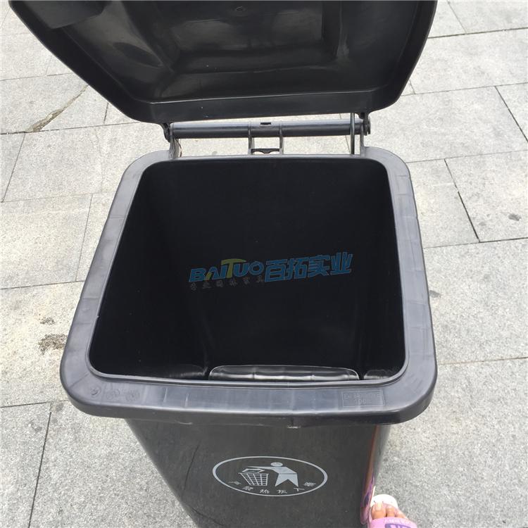 新型公共垃圾桶内部展示图