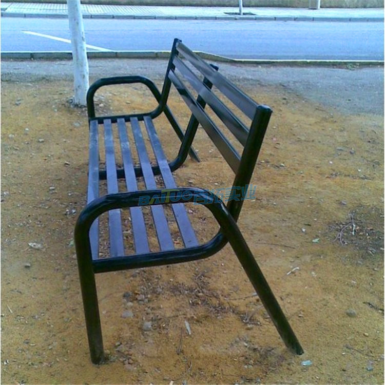 公园坐凳侧面展示