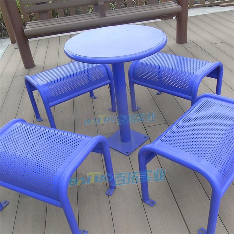 户外铁艺桌椅细节图