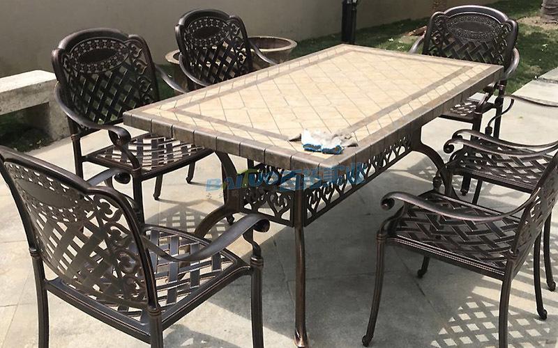 户外铸铝桌椅桌面展示图