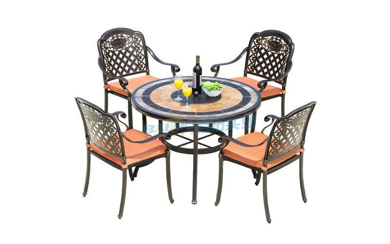 户外餐桌椅产品图