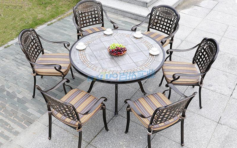 户外花园桌椅可定制不同座椅