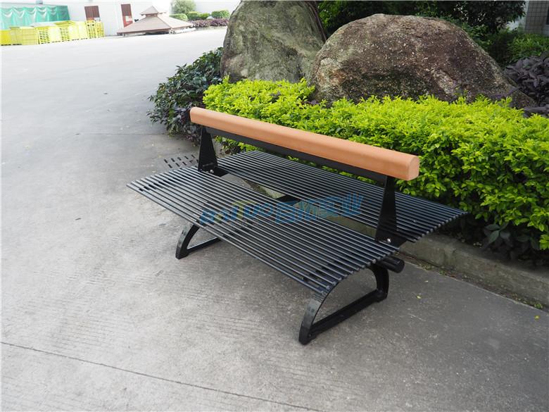 户外金属长凳安装效果图