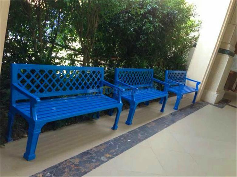 三人长凳安装效果图