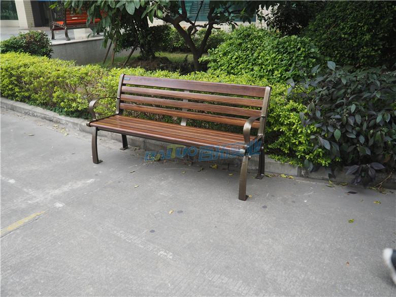 室外成品坐凳安装效果图