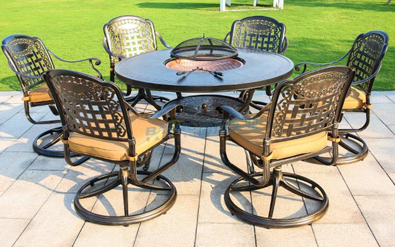 户外庭院桌椅产品展示图