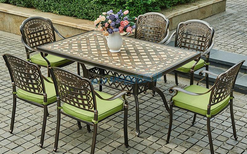 户外家具铸铝桌椅安装效果图