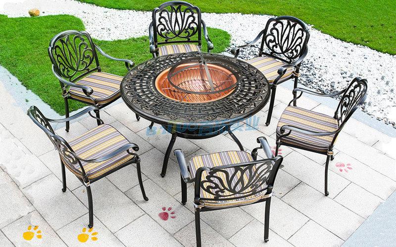户外烧烤桌椅实物图
