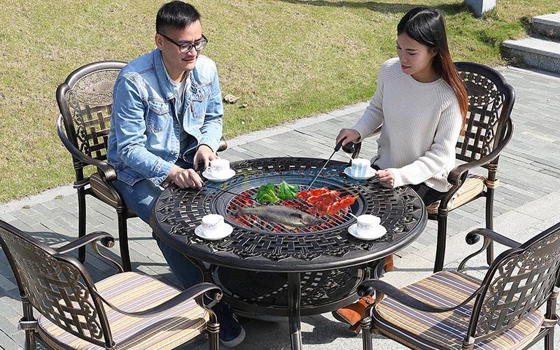 户外烧烤桌椅实拍图
