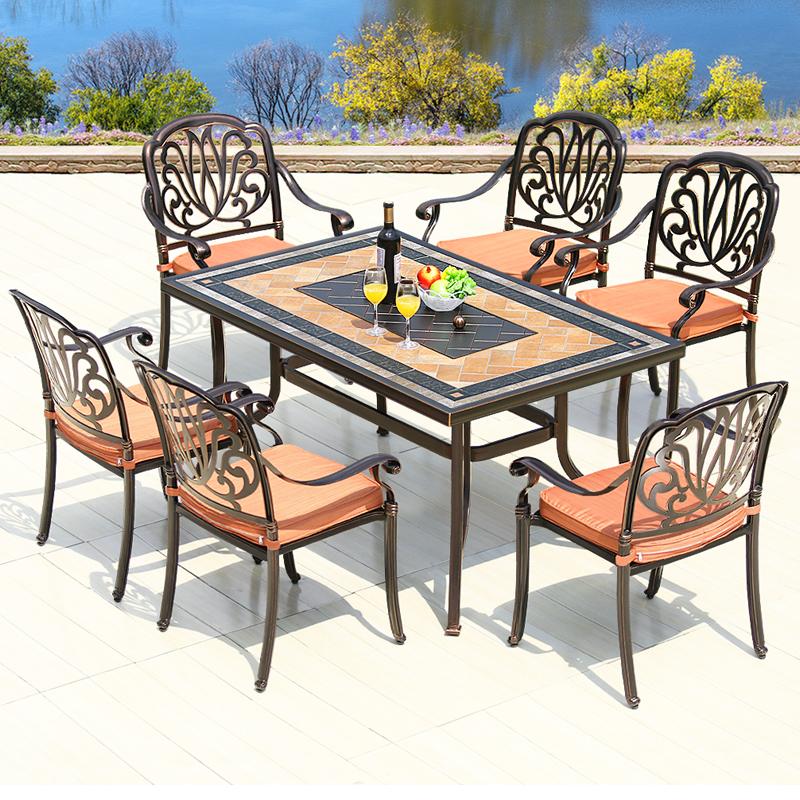 户外铁艺桌子